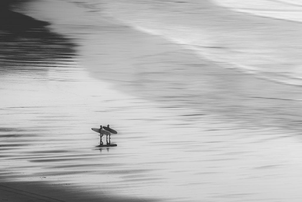 Surfeurs à Biarritz - Hôtel le Garage